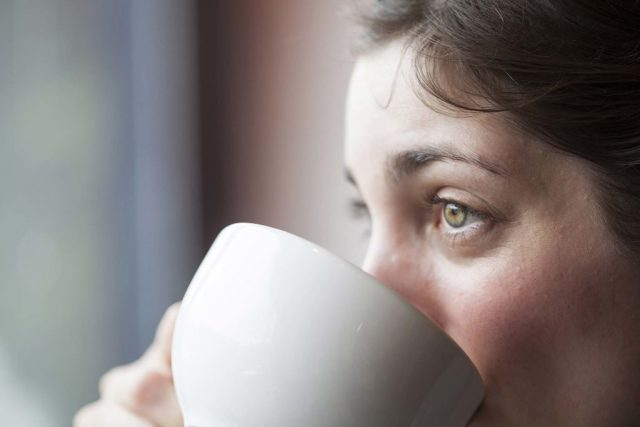 Estar cansado o tempo todo pode ser um sinal de fibromialgia.