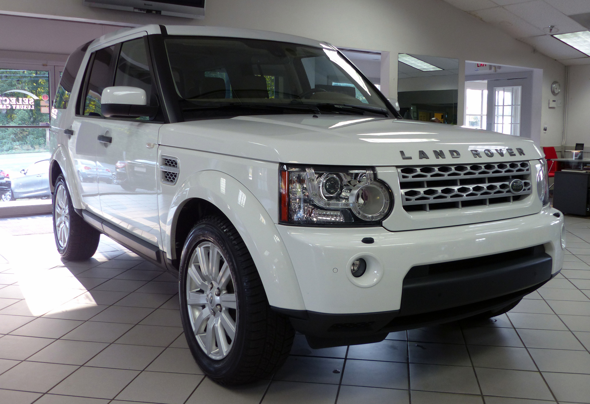 Used 2012 Land Rover LR4 HSE LUX