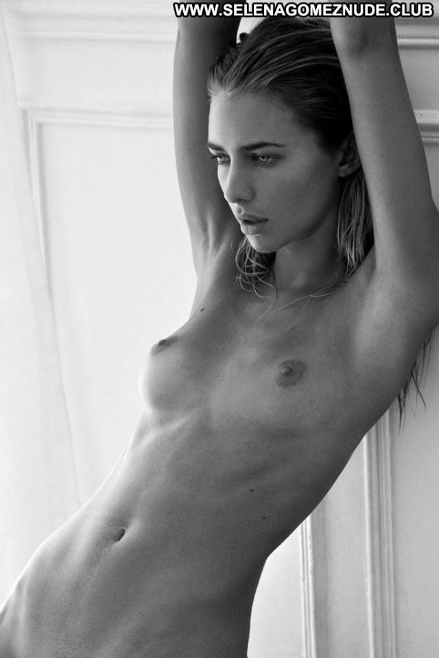 Anne De Paula Anna Nicole Park Beautiful London Nude Magazine Model