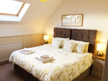 master bedroom 1200