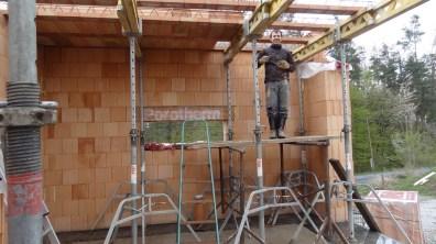 Skládání miako vložek ze stavebních koz