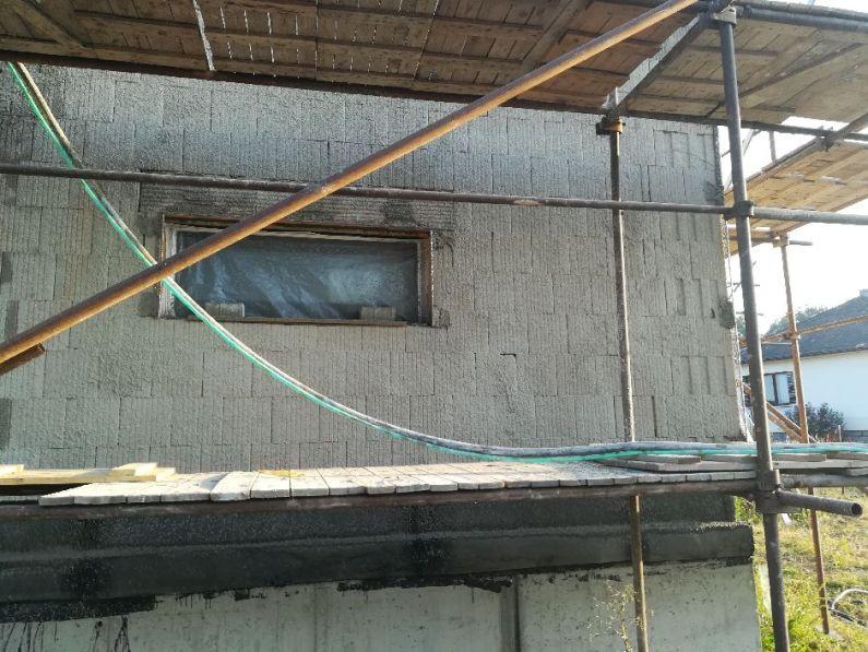 Přednástřik fasády rodinného domu