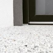 Kamenný koberec realizovaný svépomocí