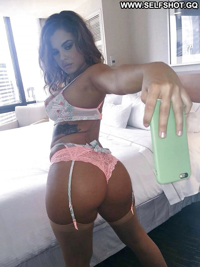Christianne Private Pictures Amateur Webcam Booty Selfie Ass Self