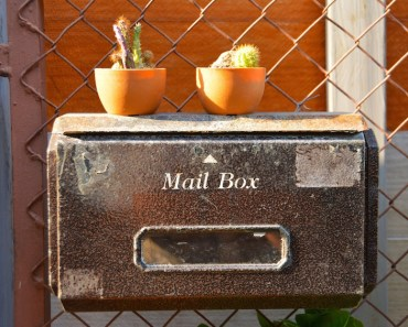 Old Mail Box