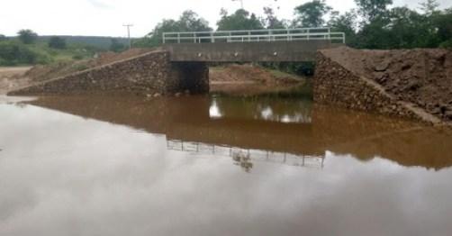 img_mansidao_construcao-ponte