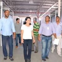 Secretária Jusmari visita obras de requalificação e ampliação do mercado de Paripe