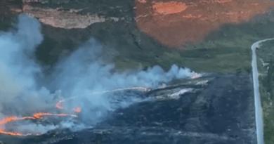 Incêndio atinge área próximo ao Morro do Pai Inácio, cartão postal da Chapada Diamantina