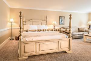 King Standard Room (Up To 4)