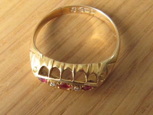 Lovely Ruby Amp Diamond 18ct Gold Ring Chester Hallmark