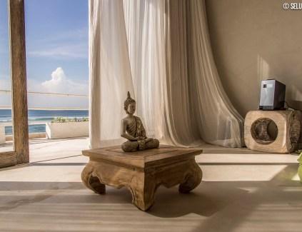 Meditación en Villa Impossible, Bali