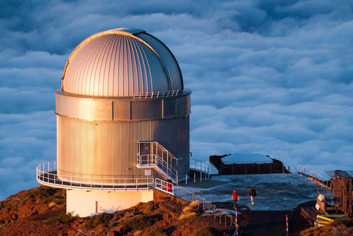 Construyendo el telescopio NOT con Legos