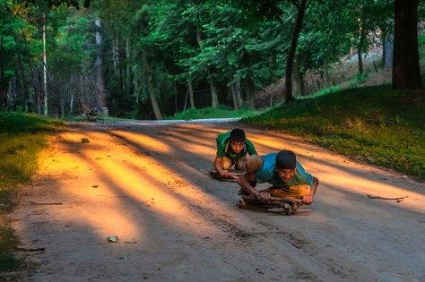 gutter i india leker children-around-the-world-60