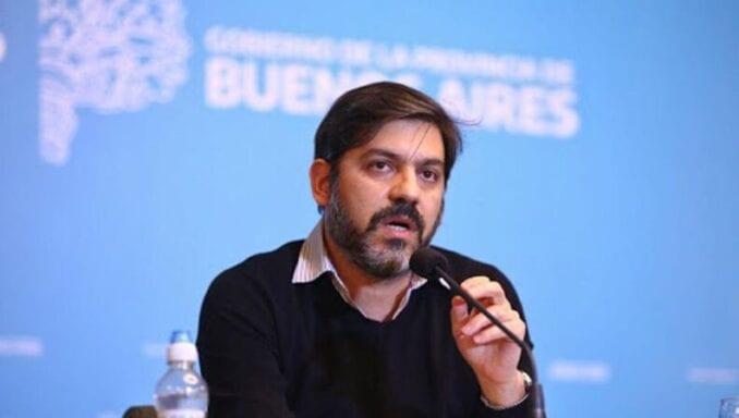 """Carlos Bianco acusó a la oposición de """"militar el exilio"""" para que los jóvenes se vayan del país"""