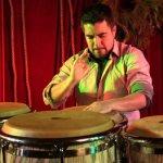 Jazz en la Luis Ángel Arango: Tambores para el dolor