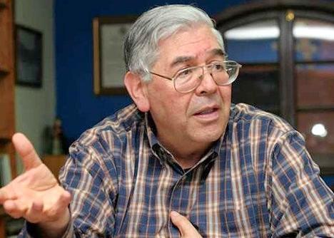 Padre Gabriel Izquierdo.