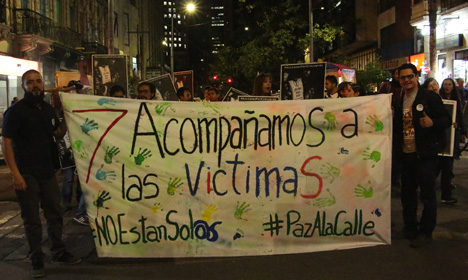 marcha-estudiantes-en-apoyo-a-la-paz-1