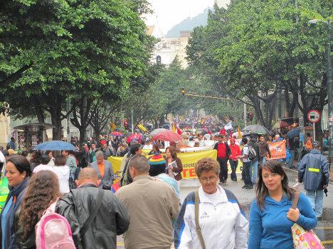 Movilización de trabajadores en Bogotá.