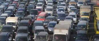 Ayo hindari macet ala sewa mobil Semarang