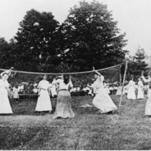 semestafakta-the first volleyball at Springfield College