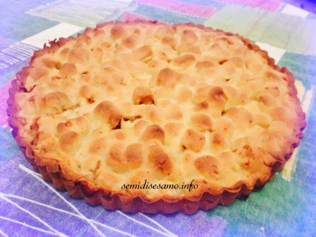 crostata di mele ricoperta