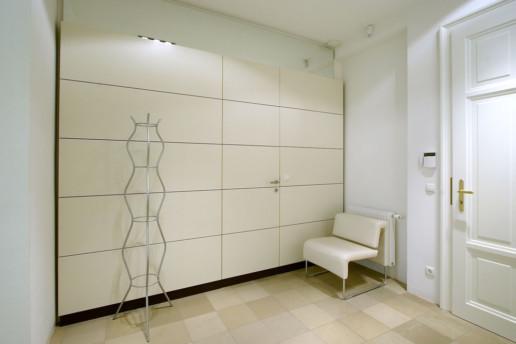 Interior Design im Büro - Tischlerei Semo Manufaktur - Möbelwand