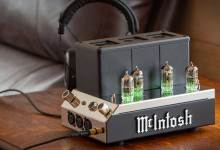 McIntosh MHA200 2-Channel Vacuum Tube Headphone Amplifier