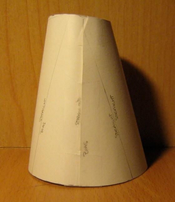 Paper Alcega Mockup, Side