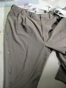 pinned trouser