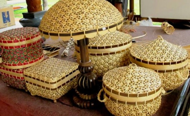 Here Is A Typical Indonesian Craft That Penetrates The World Market!