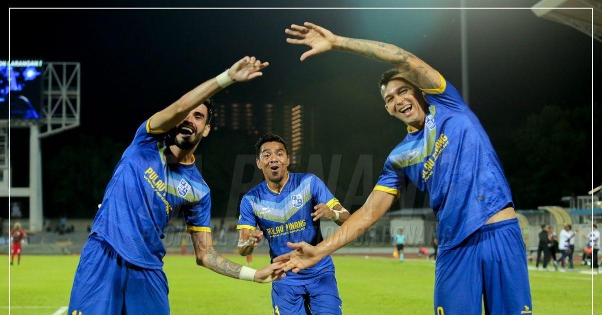 Azmi Muslim Endrick Casagrande Penang FC 2020 Sarawak United