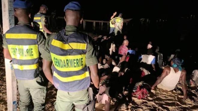 Émigration clandestine : La gendarmerie arrête 56 candidats et plus de 8 millions en devises étrangères saisis.