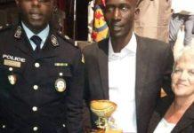 Calebasse d'Or: Amoul Yakarr, le policier incorruptible récompensé. L'incorruptible agent de policeAmoul Yakar Dioufvient de recevoir la c