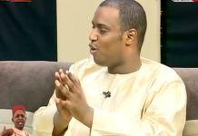 Cheikh Niasse: « Respectons la dernière volonté de Sidy Lamine, meuno soul sa baye, soul bayi diambour » Cheikh Tidiane Niasse, en larmes, a
