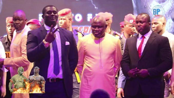 Le combat Balla Gaye 2-Modou Lô reporté au 13 janvier. Le Promoteur Gaston Mbengue a décidé de reporter le combat Balla Gaye 2 et Modou Lô