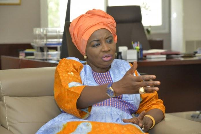 Dissolution du Gouvernement : 6 ministres vont partir, Mimi Touré humiliée