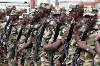 soldados senegaleses