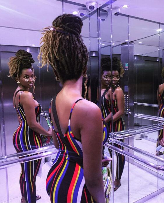 Coumba Babacar, la fille de babacar Ngom, montre ses formes généreuses.(Photos)