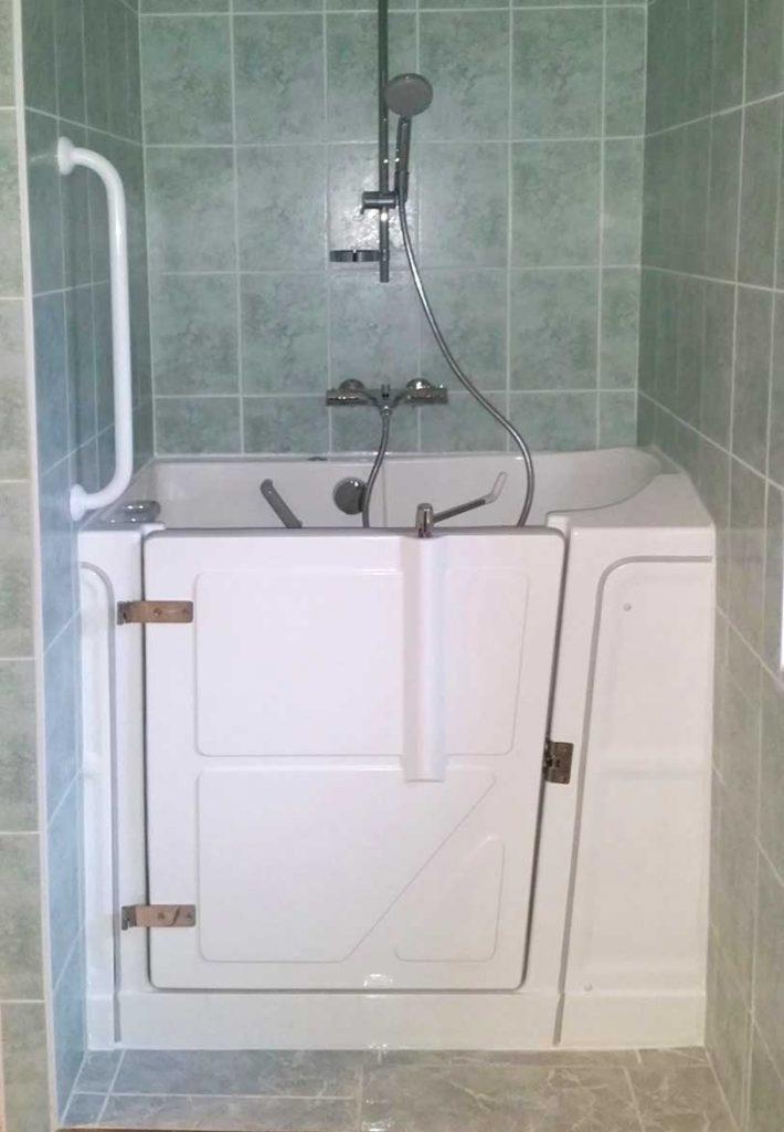 baignoire a porte vallon senior douche