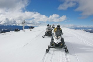 Continental Divide with GrandAdventure Snowmobile Tour