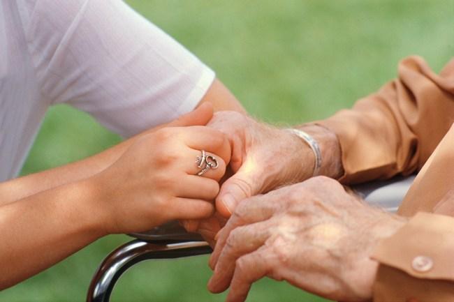 https://i1.wp.com/www.seniorseasons.com/wp-content/uploads/Caregiver-Holding-Seniors-Hand.jpg?resize=650%2C433