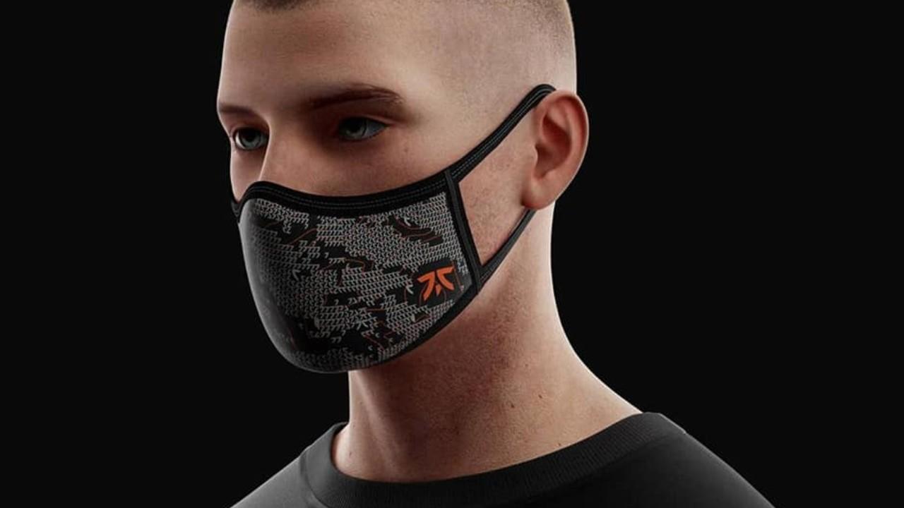 El equipo Fnatic lanza su propia línea oficial de cubrebocas