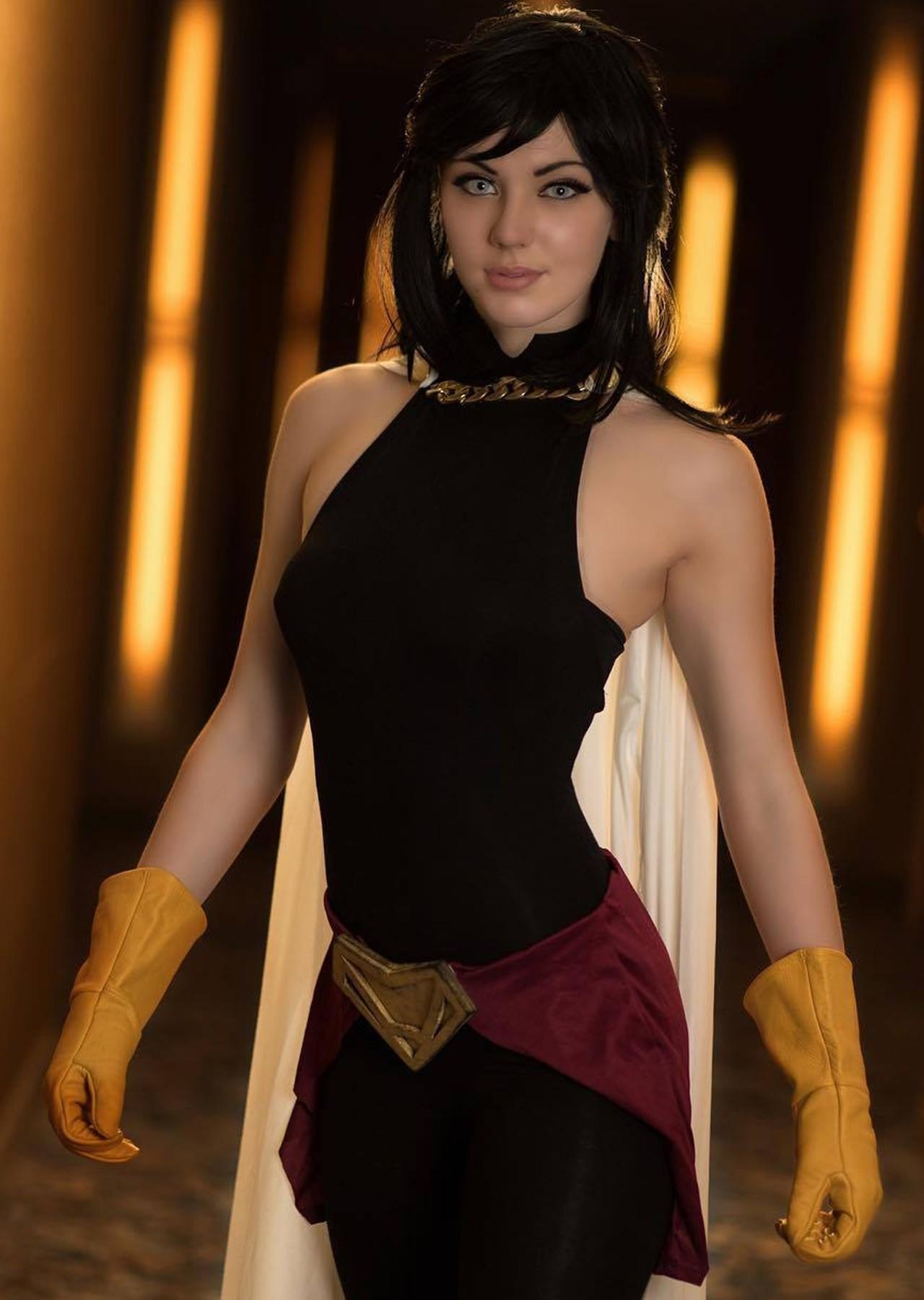 Nana Shimura My Hero Academia cosplay