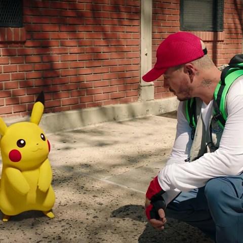 J Balvin nueva canción video Pokémon 25