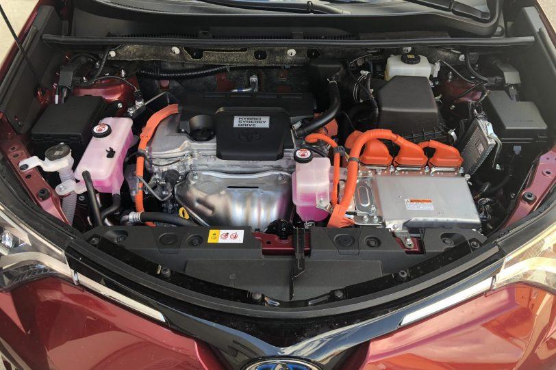 20180611 100306503 iOS 1260x840 - Toyota RAV4 Hybrid Advance 2WD
