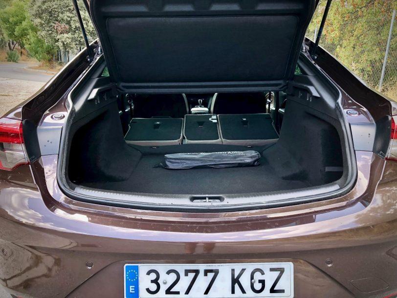 Maletero extendido - Opel Insignia Grand Sport 1.6 CDTI 136 CV