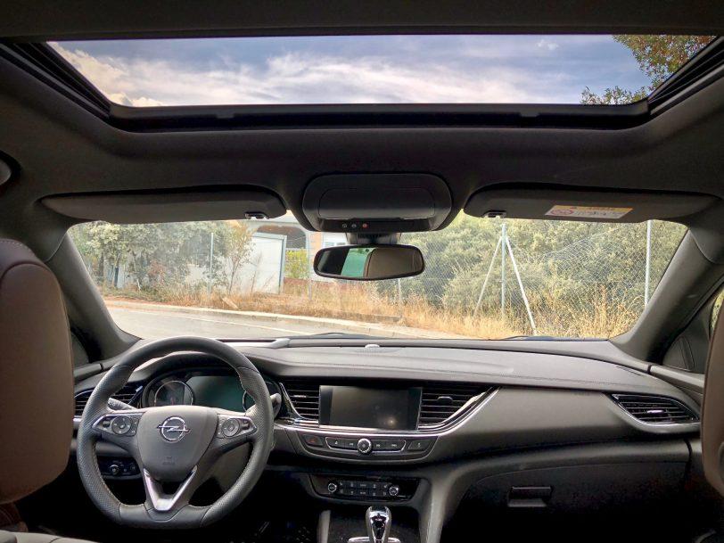 Salpicadero - Opel Insignia Grand Sport 1.6 CDTI 136 CV