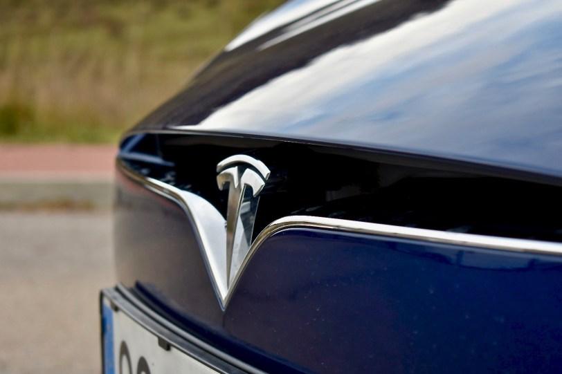 Logo Tesla - Tesla Model S 100D y nuestro viaje de 1.000 km