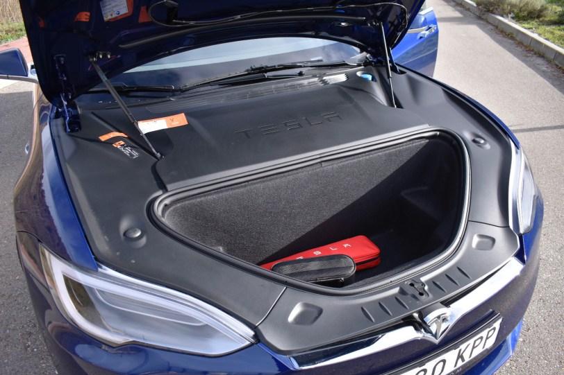 Maletero delantero - Tesla Model S 100D y nuestro viaje de 1.000 km