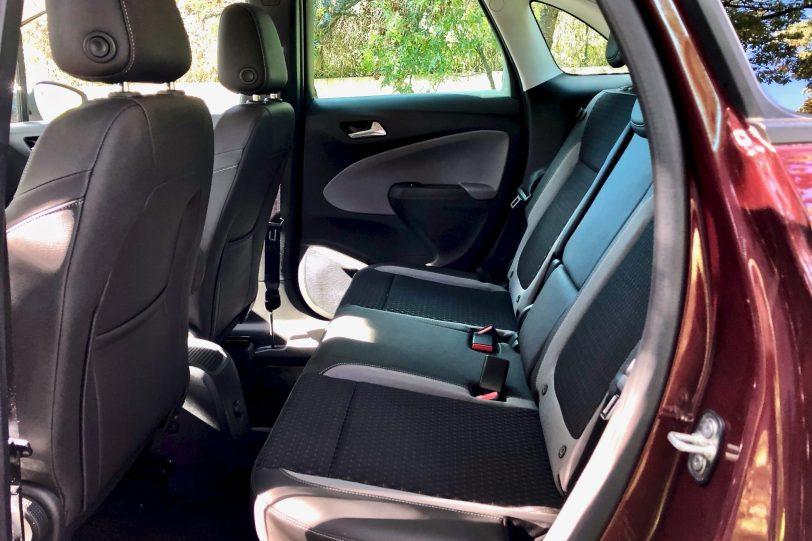 Plazas traseras 1 1140x760 - Opel Crossland X Innovation 1.5 ECOTECD 102 CV
